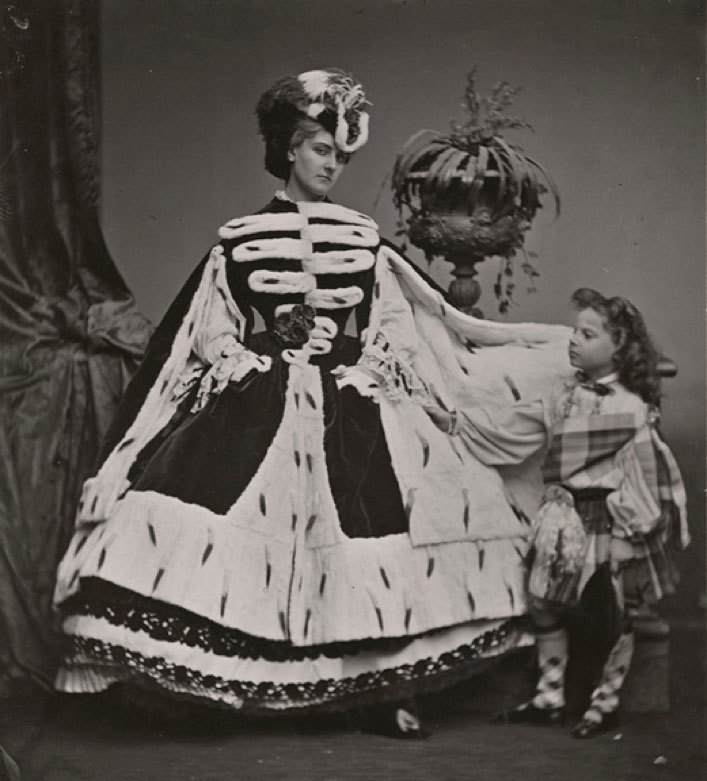 """COUNTESS DE CASTIGLIONE """"Countess de Castiglione and her son George"""", 1863/1930s"""