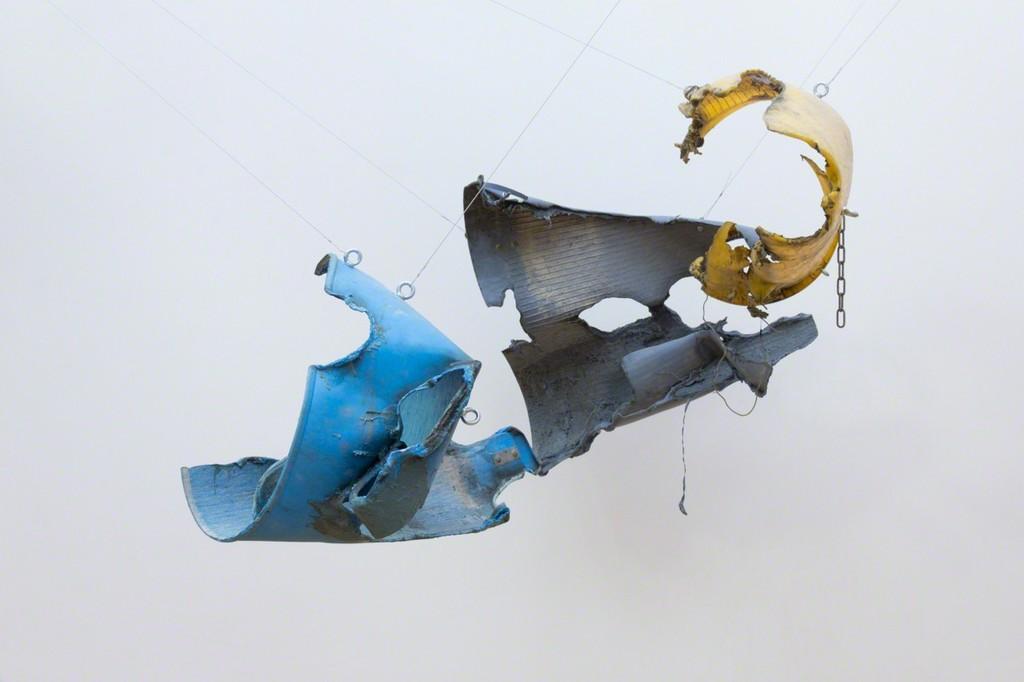 Max Frisinger, Faling Sleeves, 2017, detail