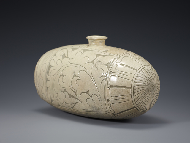 , 'Buncheong Bottle,' Joseon Dynasty-15th century, Leeum, Samsung Museum of Art