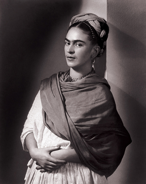 Nickolas Muray, 'Frida Kahlo - The Breton Portrait', 1939, Photography, Carbon print, PDNB Gallery