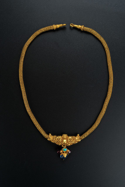 , 'Gold Necklace with Makara Design,' Northern dynasties or earlier-2nd to 6th century, Art Museum of the Chinese University of Hong Kong