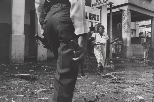 , 'Boulevard Jean-Jacques Dessalines, Port-au-Prince, Haiti,' 1986, de Young Museum