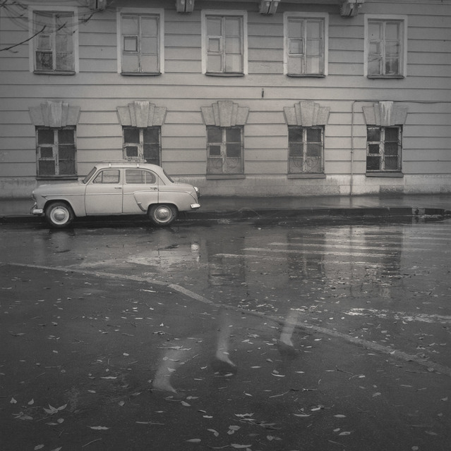 , 'Old-fashioned Moskvitch, St. Peterburg,' 1995, Damiani