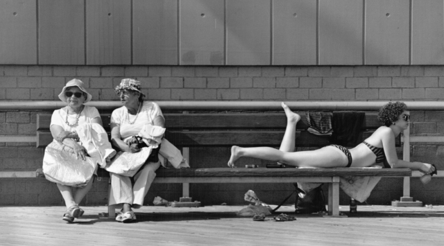 , 'Coney Island Summer Scene,' 1988, Fountain House Gallery