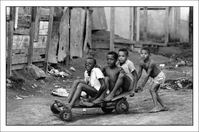 , 'Boys on wooden stand in Morro da Mangueira ,' 1975, Museu de Arte do Rio (MAR)