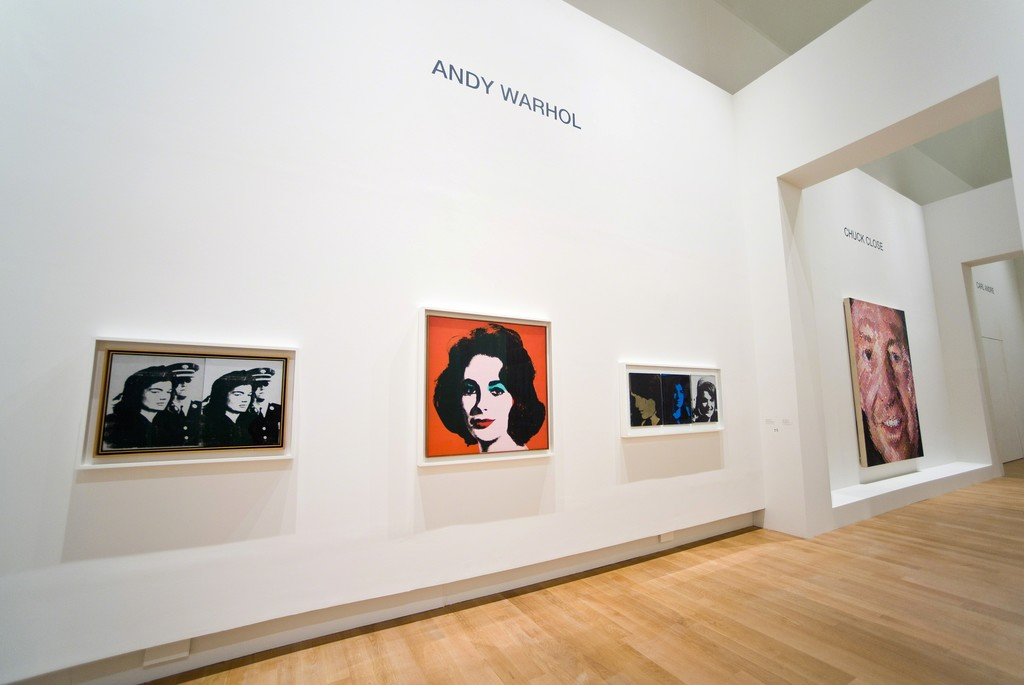 Vue de l'exposition Icônes Américaines (6) scénographie Bill Katz et Nicolas Adam © Rmn-Grand Palais / photo François Tomasi