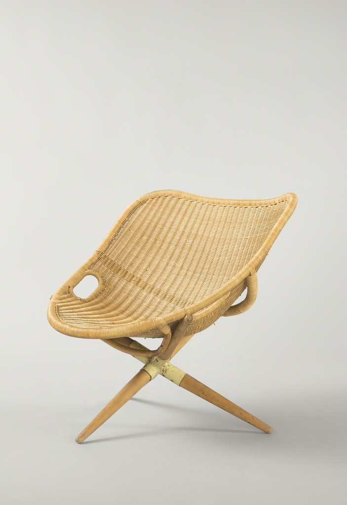Joseph-André Motte, 'Tripode armchair,' 1949, Galerie Pascal Cuisinier