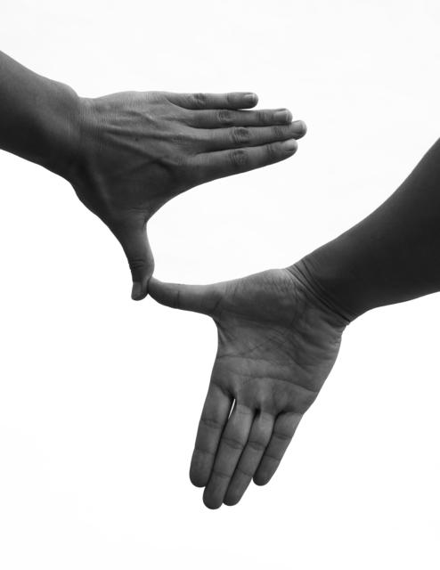 , ''América' de un poema en ASLSCh (ASL + LSCh) con dos formas de la mano (A+B),' 2016, Die Ecke Arte Contemporáneo