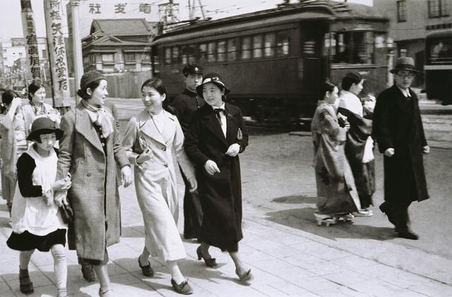 , 'Tokyo Snap - Modern Girls 2,' 1930-1935, Taipei Fine Arts Museum