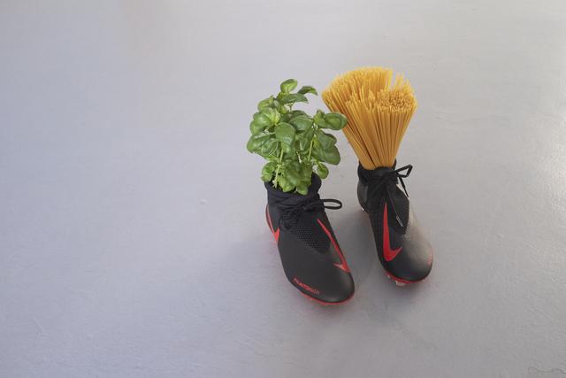 Gabriele de Santis, 'Spaghetti pomodoro e basilico', 2019, VALENTIN