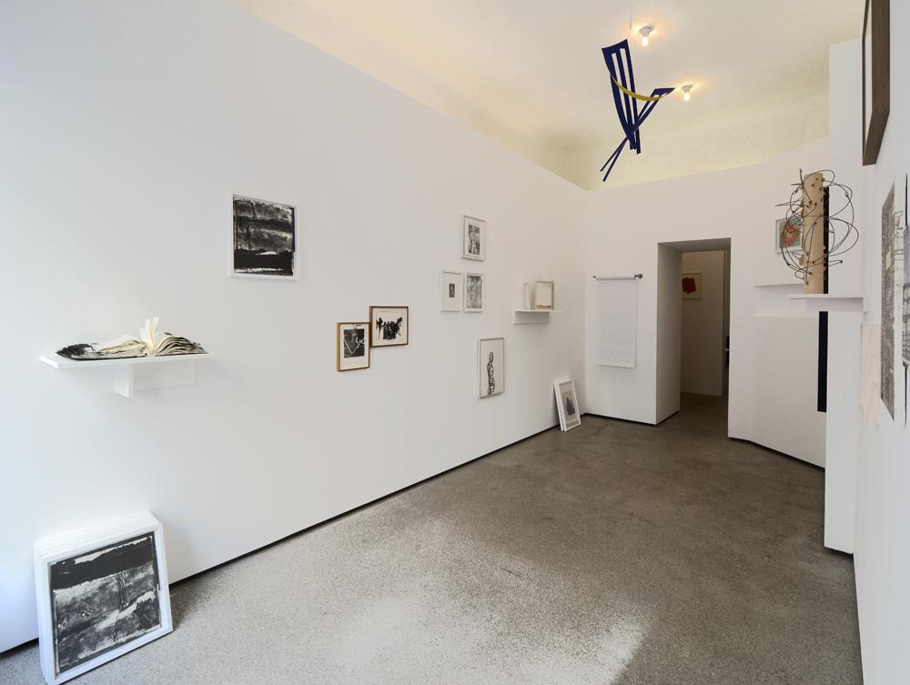 Straßen-Salon: installation shot of the whole exhibition situation; photo: Jürgen Baumann