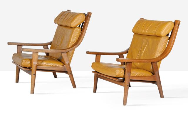 Hans J. Wegner, 'Pair of lounge chairs', circa 1970, Aguttes