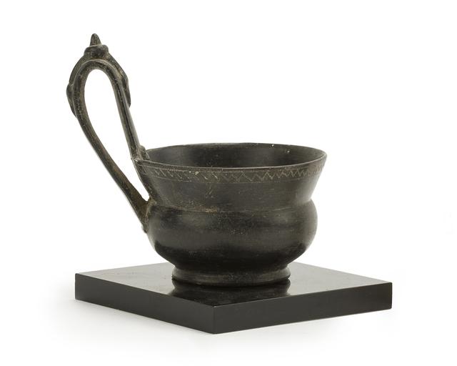 'A bucchero-ware kyathos', John Moran Auctioneers