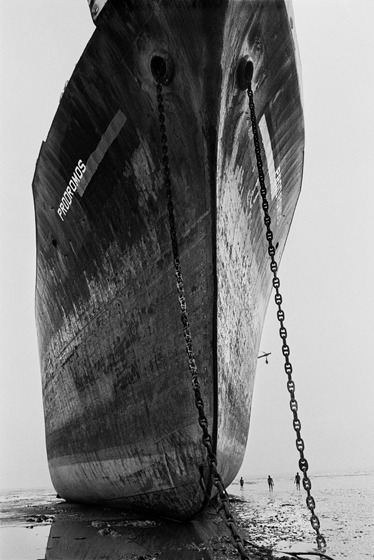 , 'Shipbreakers, Chittagong, Bangledesh.,' 1989, Sundaram Tagore Gallery