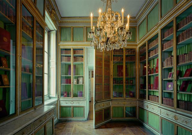 , 'Bibliotheque de Louis XV, Versailles,' 2005, Flowers