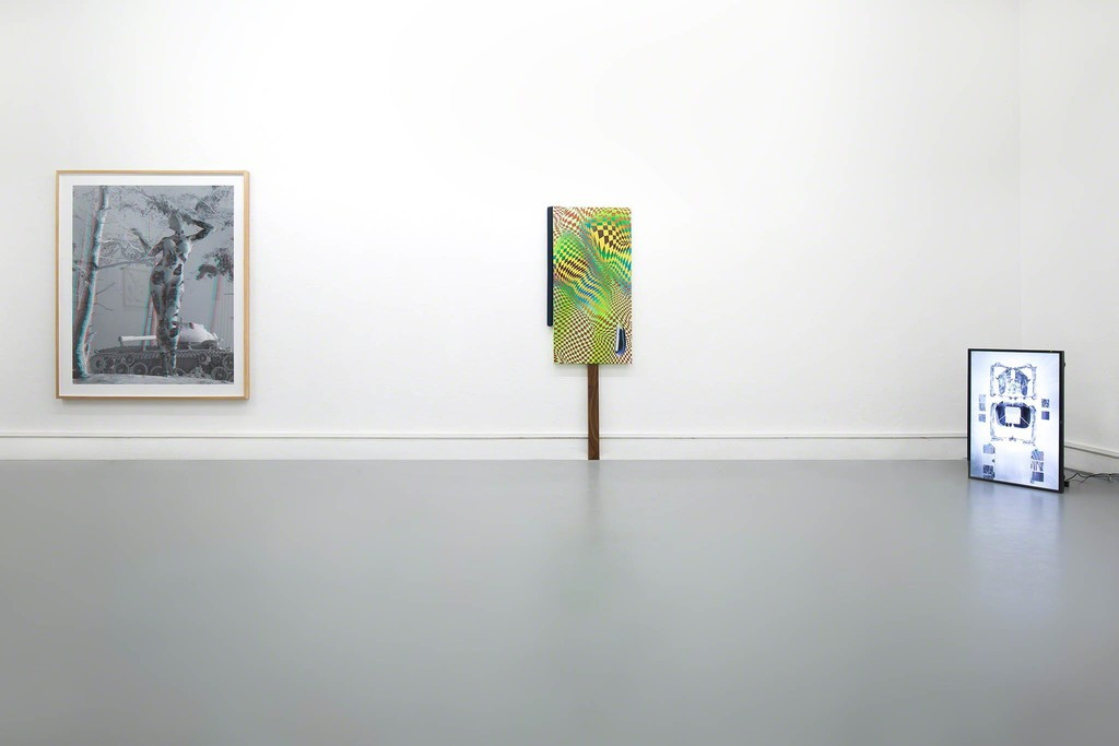 The Wrong Club - Installation view: Tim Berresheim, Dominik Halmer, Sebastian Thewes