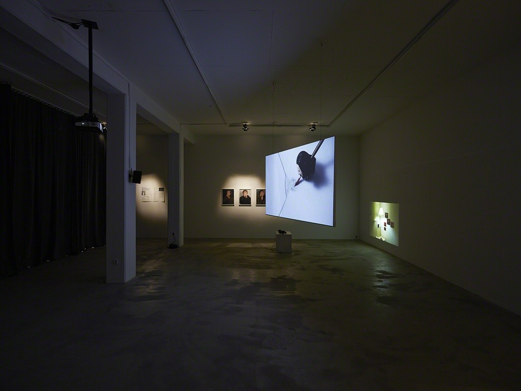Who's speaking, 2015, exhibition view at Klemm's, Berlin