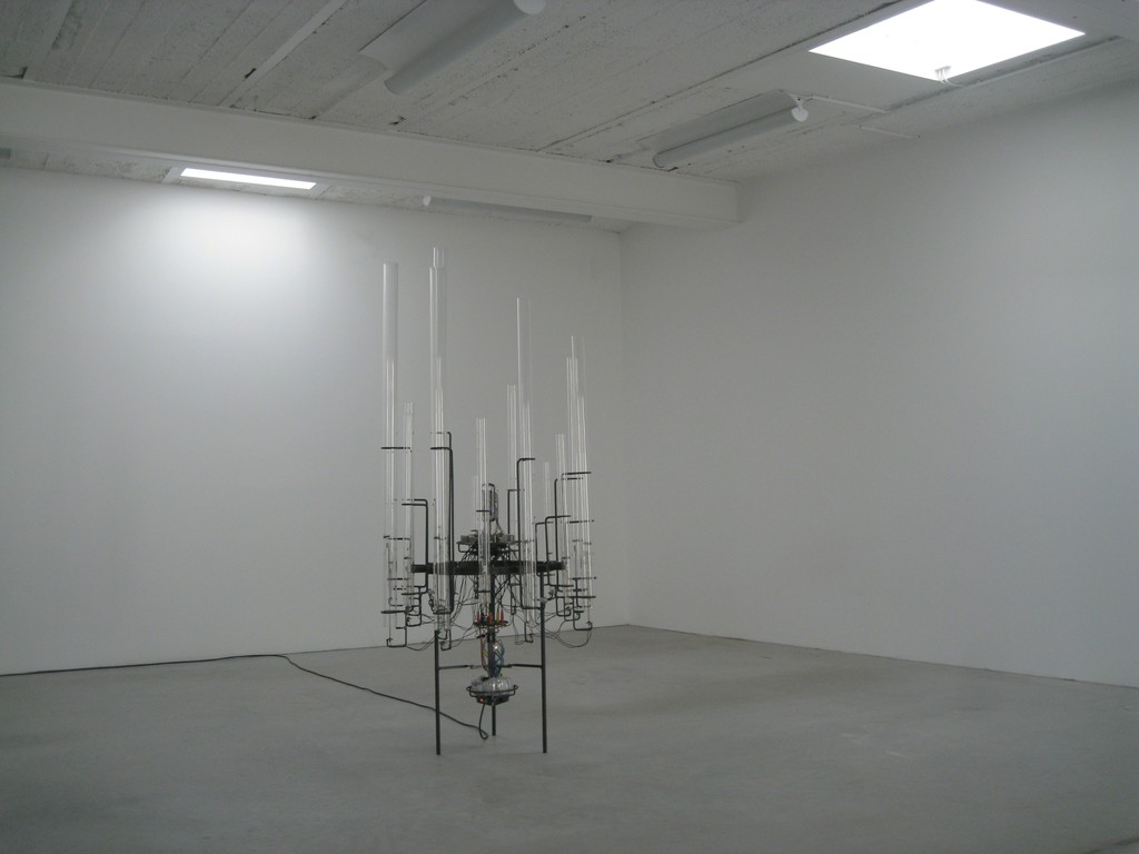 "Sascha Alexa Martin Müller, ""Thermofona"", interactive, thermosonic object, 2009 | image: ©dasesszimmer"