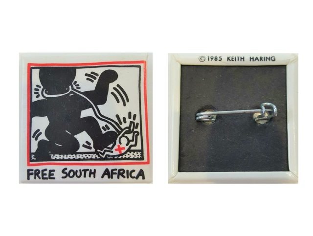 "Keith Haring, '""FREE SOUTH AFRICA"", 1985, Pin, New York Book Fair.', 1985, VINCE fine arts/ephemera"