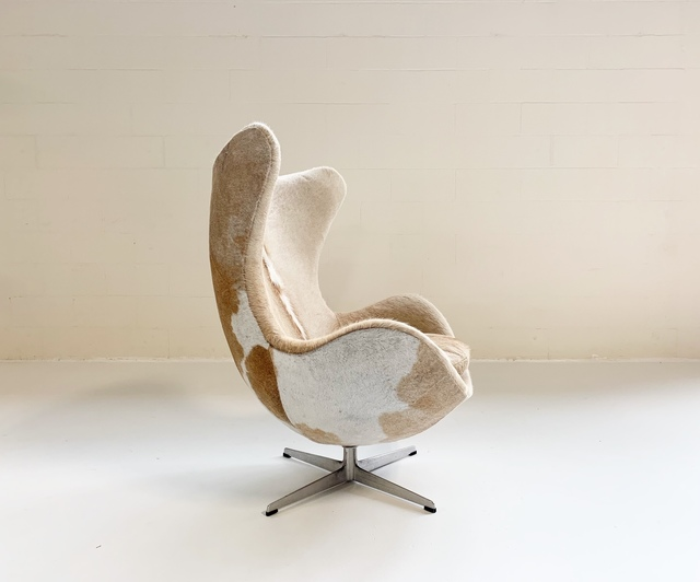 Fantastic Arne Jacobsen Egg Chair Restored In Brazilian Cowhide Evergreenethics Interior Chair Design Evergreenethicsorg