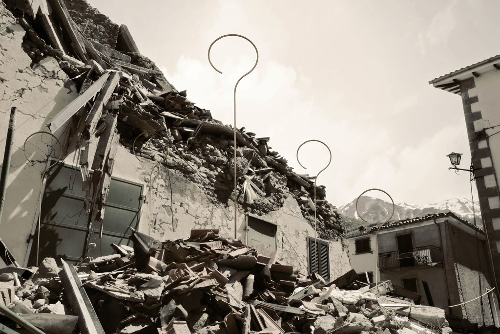 Marco Guglielmi Reimmortal  - The original photos from '#NO(F)EARTHQUAKE', a collateral event of BIENNALE DI VENEZIA 