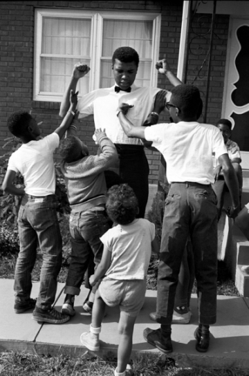 , 'Ali with kids,' 1963, Lumiere Brothers Gallery