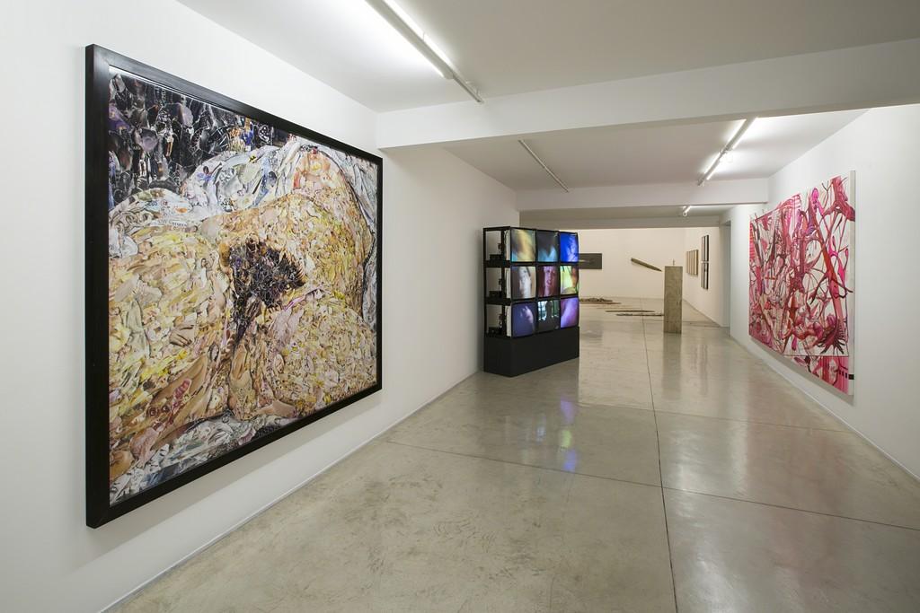 Exhibition View -- Photo Everton Ballardin © Galeria Nara Roesler