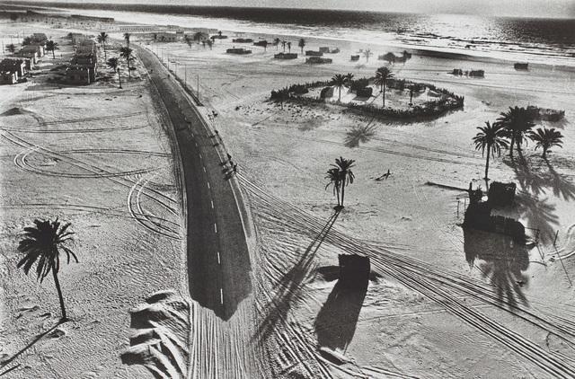 René Burri, 'United Arab Emirates, Gulf States', 1975, Phillips