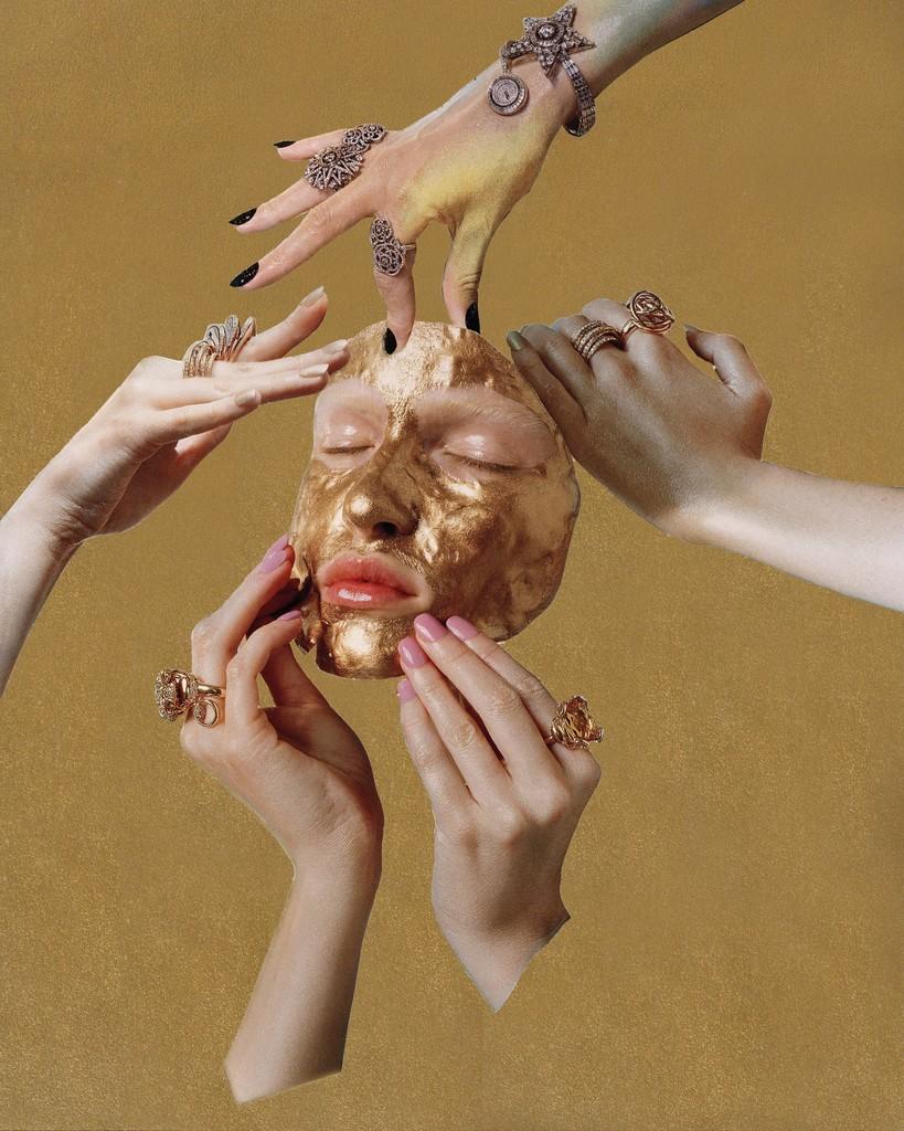 Vogue Italia November 2014 (Micheal Baumgarten, Elisa Zaccanti, Enrica Ponzellini, Angelo Seminara, Laura Dominique) from the series Pieces of Me, 2015 © Louise Parker