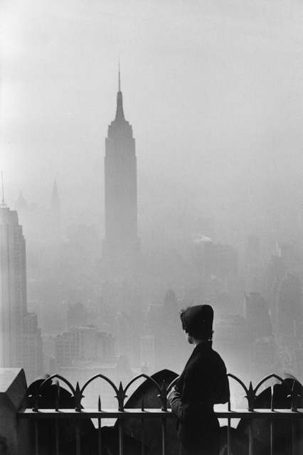 , '7. New York City. (Empire State building),' 1955, f22 foto space