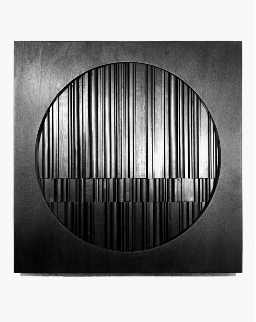 David Eisenhauer. Meditation no. 1. Monochromatic abstract sculpture with found stained wood. 90 x 90 x 10 cm.
