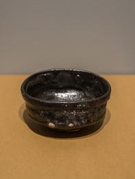 Oribe-guro style tea bowl