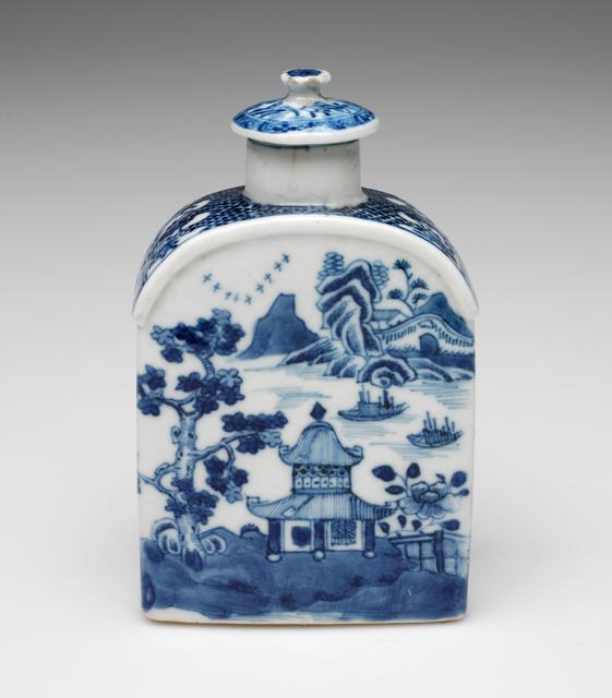 'Tea Caddy', circa. 1820, Design/Decorative Art, Porcelain with underglaze blue and glaze, RISD Museum