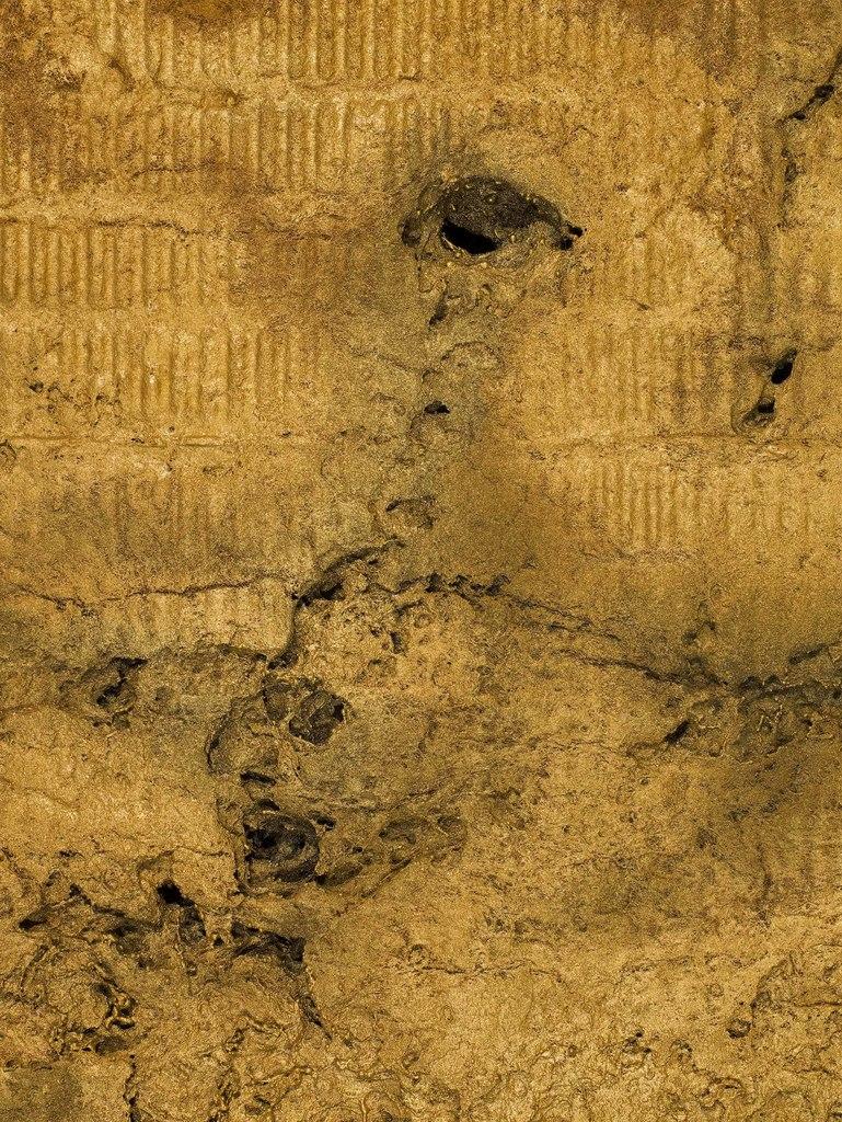 https://www.artsy.net/artwork/enrico-castellani-superficie-bianca-2034 ...