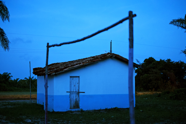 , 'Igreja azul e trave,' 2013, Galeria Leme