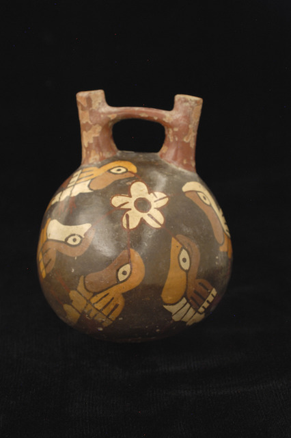 , 'Double spout bottle with hummingbirds,' 100 BCE-600 CE, Blanton Museum of Art