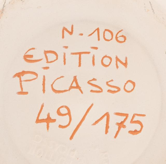 Pablo Picasso, 'Trois poissons sur fond gris', 1957, Design/Decorative Art, Partially glazed terracotta and white earthenware, Hindman