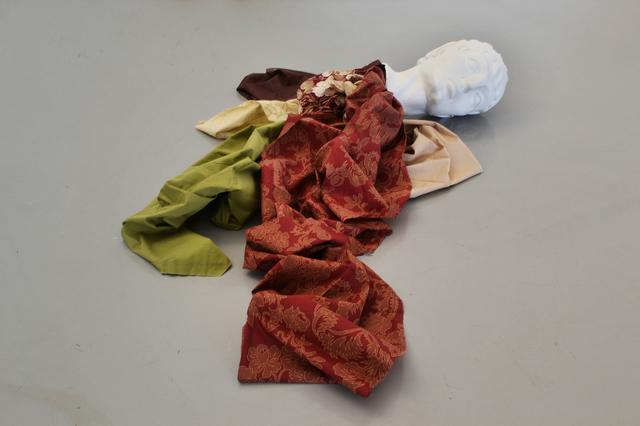 , 'Decapitados: una decoración para nuestro tiempo (The Beheaded: an ornament for our times),' 2011, Kohn Gallery