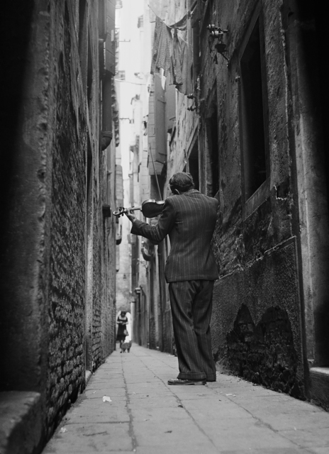 , 'The Violinist, Venice, Italy, 1947,' 1947, Monroe Gallery of Photography