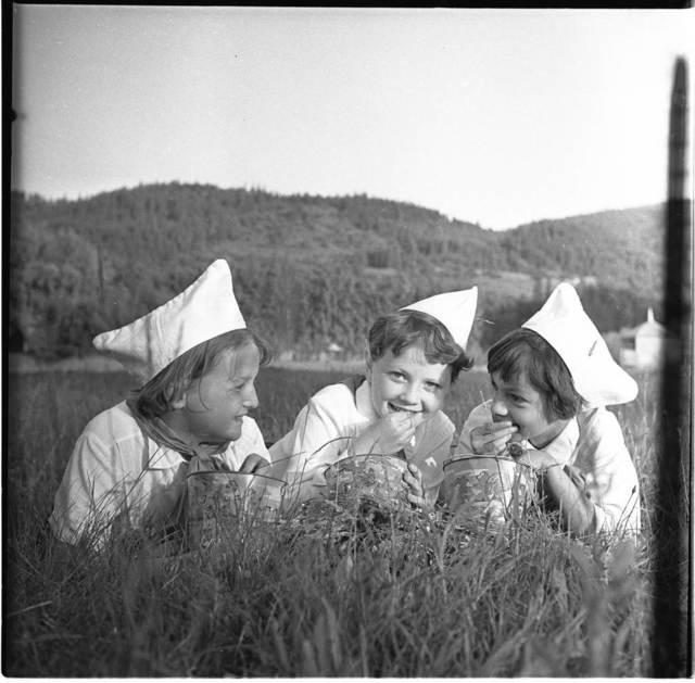 , 'Yaremche, Ivano-Frankivsk region,' 1966, Izolyatsia