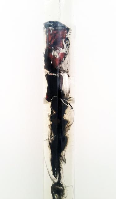 , 'Feu d'artifice, gel de pétrole dégazé, combustion incomplète, tube PMMA,' 2014, In Situ - Fabienne Leclerc