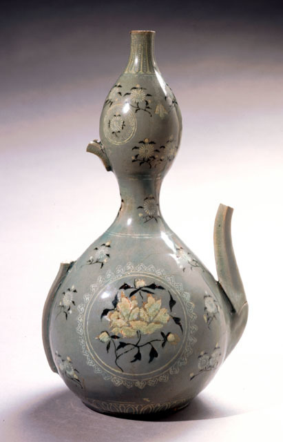 , 'Double-Gourd Pitcher with Peony and Chrysanthemum Motif,' 918, Newark Museum