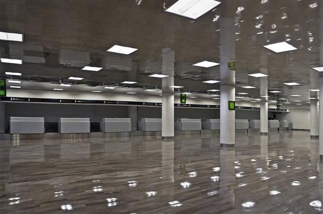 , 'Aeropuerto,' 2015, Patricia Conde Galería
