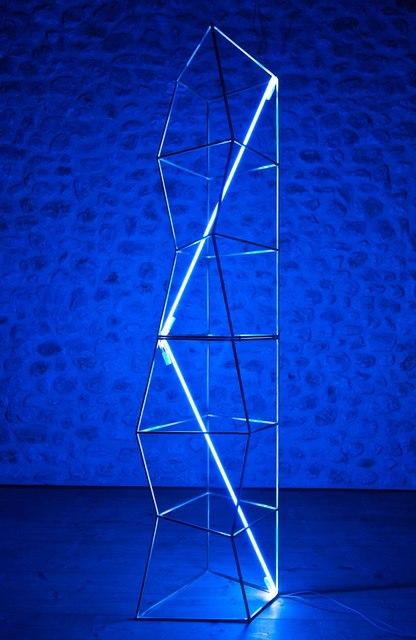Jacques Toussaint, 'Scultura luminosa', 2016, Sculpture, Brass and blue neon, Valmore Studio d'Arte