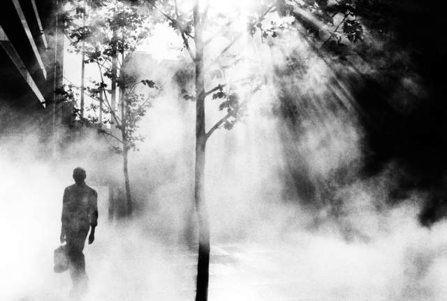 Trent Parke, ' Trent Parke AUSTRALIA. Sydney. An office worker on his way to work walks through Martin Place. ', 2001, Photography, Magnum Photos
