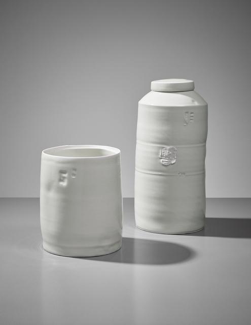 Edmund de Waal, 'Cylinder and lidded jar', ca. 2004, Phillips