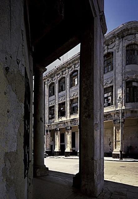 , 'En Cuba 33,' 2004, Galeria Trama