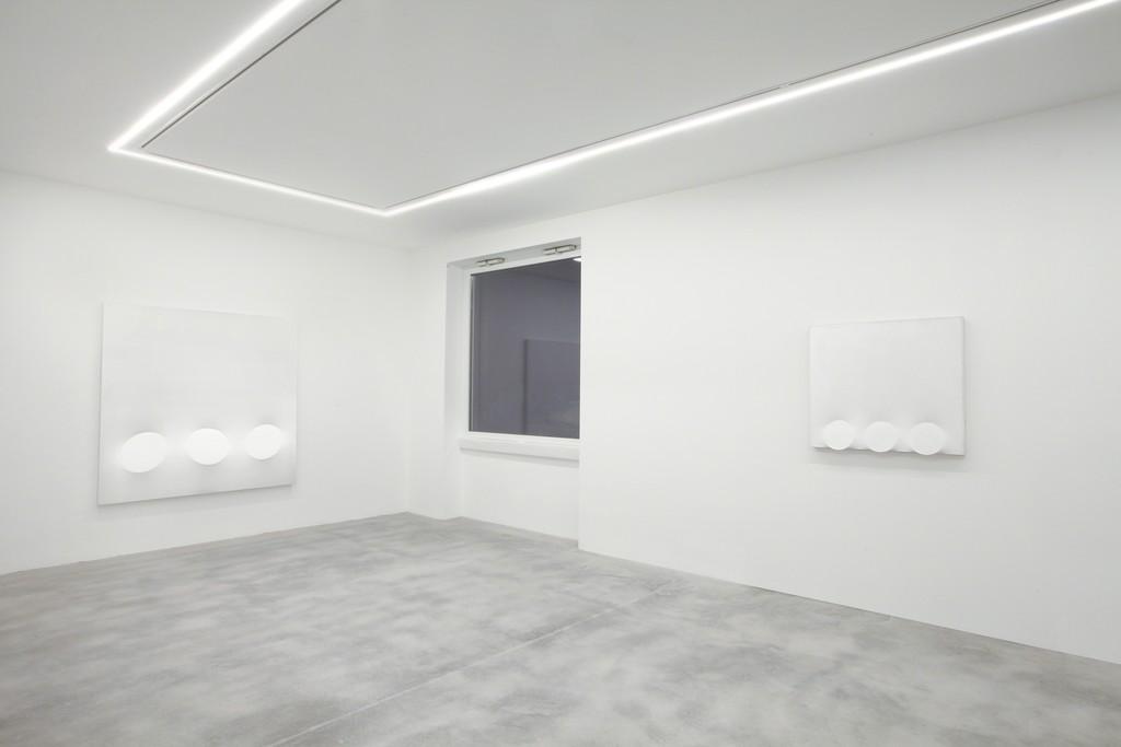 Turi Simeti. White Paintings. Dep Art, Milano