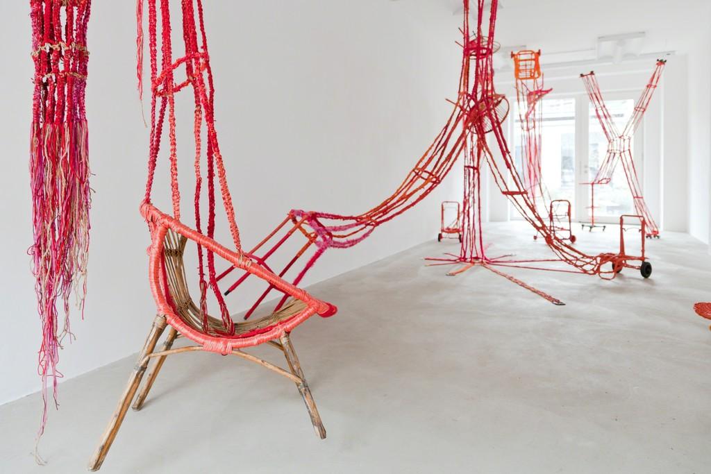 Maddy Arkesteyn, makramee sculptures, installation, 2010-2012, exhibition view | image: ©dasesszimmer