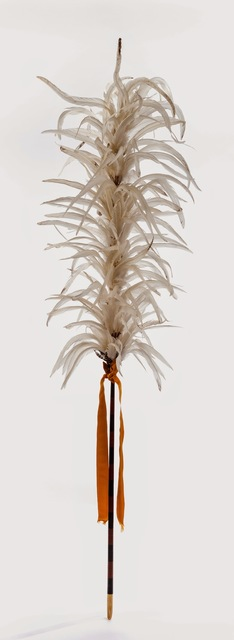 , 'Kāhili (royal staff of feathers),' 19th century, de Young Museum